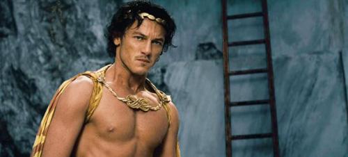 Luke Evans - Immortals - Zeus never looked so good.